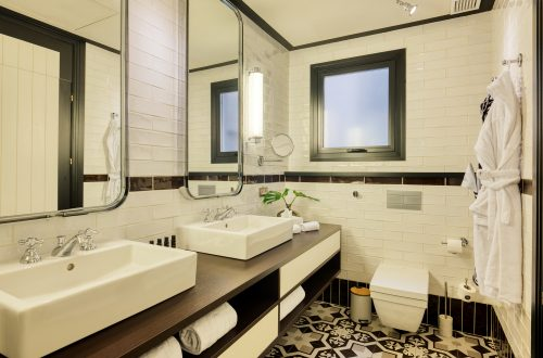 Only You Hotel Atocha · Cuarto de baño